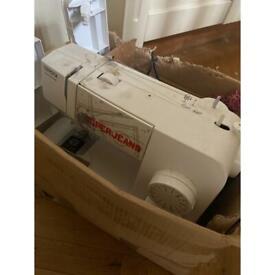 Working sewing maching