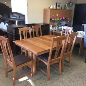 Solid Hickory Dining Set 7 piece Brand new