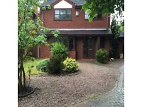 Room to let in four bed detached house in shortbutts lane lichfield.very quiet area.£350 pcm