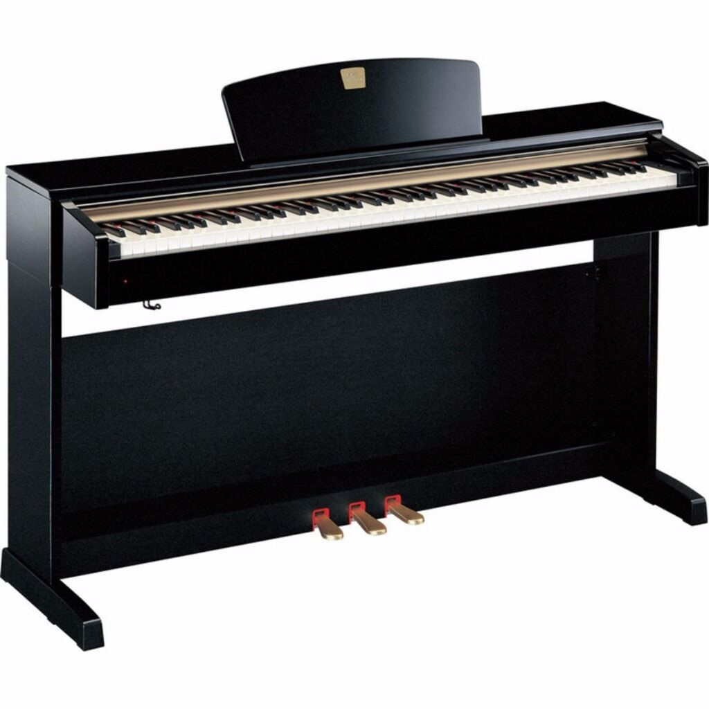 yamaha clavinova clp 320 digital piano in glossy black
