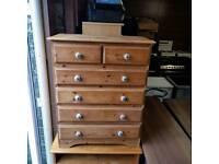 Soild Oakwood 2 over 4 chest of drawers