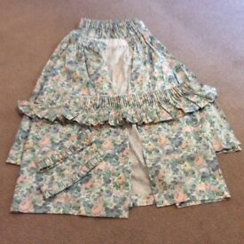 Pair of blue floral curtains, valance and tie backs used but in very good condition