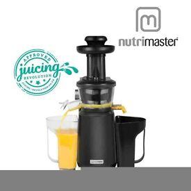 NutriMaster Slow Juicer N23001 new & juice bar box