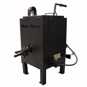 NEW 10 GALLON ASPHALT CRACK FILL STATIONARY MELTER KETTLE PARKING LOT RY 10 MK for Melting Rubbarized Crack Filler