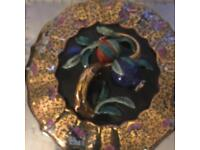Large porcelain centre piece