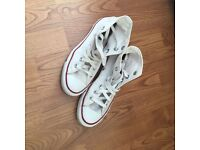 White converse Boots Size 5