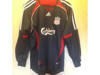 Youth Liverpool goalkeeper shirt