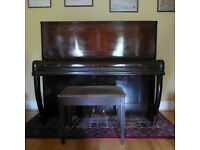 Piano with stool - free