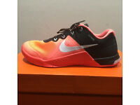 Nike Women's Metcon 2, Size UK 5
