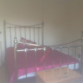 Antique style satin brass double bed in very good condition