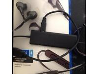 Bose QuietComfort 20i Acoustic Noise Cancelling headphones grey in colour used
