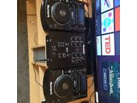 Numark Ndx 500 cdj and Numark m101 mixer dj decks