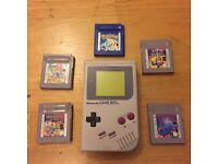 Original Nintendo Gameboy 1989 With Games Including Pokemon Blue