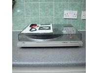 Technics SL-B210 semi automatic turntable / Record Player / Hi Fi Stereo Separate