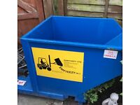 Blue Tipping Skip in good condition
