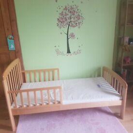 Toddler Bed, Natural