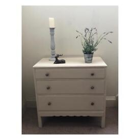 Country grey chest of drawers (Delivery available)
