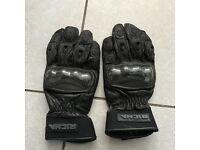 Richa leather armoured motorcycle gloves