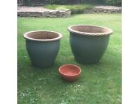 Garden pots with plant support and birdbath