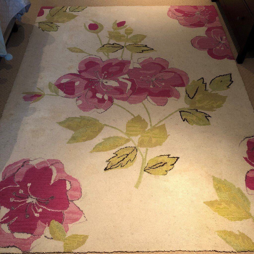 Large Next Cream Pink And Green Floral Rug 100 Wool Needs