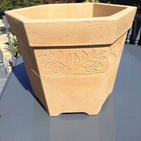 Large Stewart Hexagonal Planter/plant pot