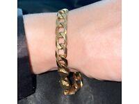 Curb Bracelet, 9ct Gold, 26g