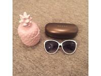GUCCI White OVERSIZED sunglasses