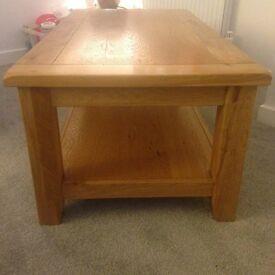 Stunning Oak Coffee Table