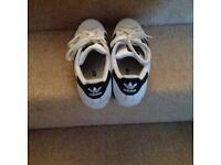 Adidas Superstar White/black size 6 ladies Trainers