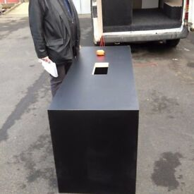 REDUCED, STOCK CLEARANCE, FREE DELIVERY!!!, Computer desk