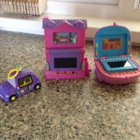 Pixel chix toys