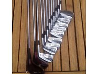Ladies Golf Clubs with Dunlop bag and umbrella.