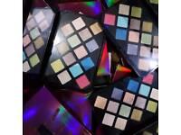 Fenty eyeshadows palette