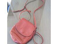 Enny tan brown cross over handbag