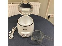 Russell Hobbs small deep fat fryer