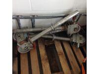 4 Scaffolding wheel legs
