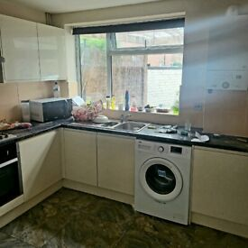 Four Bedroom House in Harlow