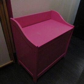 Girl's Toy Box