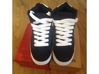New trainers size 37