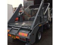 7.500kg skip loader and skips