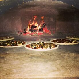 Pizza chef with wood fired oven experience