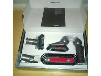 DYSON HOME CLEANING KIT **RRP £44!!**