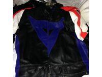 Men's Dianese motorcycle leathers Size Medium