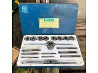 Tap & Die wrench set