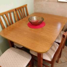 Oxford Extending Dining Table with 6 Chairs