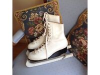Leather ice skating boots