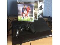 Playstation 3 Super Slim + Controller + 4 Games.