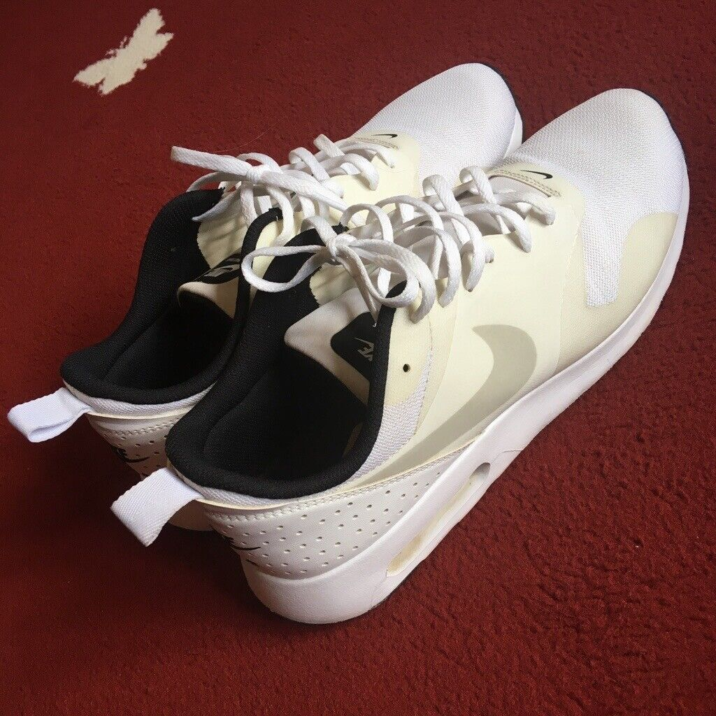 4fcc09d4cd41 Nike Air Max Tavas Trainers UK Size 10 Running Shoes White Jogging Gym  Casual Mens Gents Ten Adidas