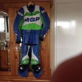 1 piece race leathers