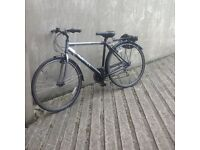 Mens Apollo Hybrid Bike - Excellent Condition